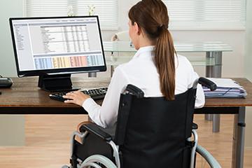 Vammaiset ihmiset syrjäytyvät työmarkkinoilta jo työnhakuvaiheessa